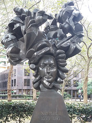 Statue of Henry Purcell, just 3 minutes from the IPO office in London.